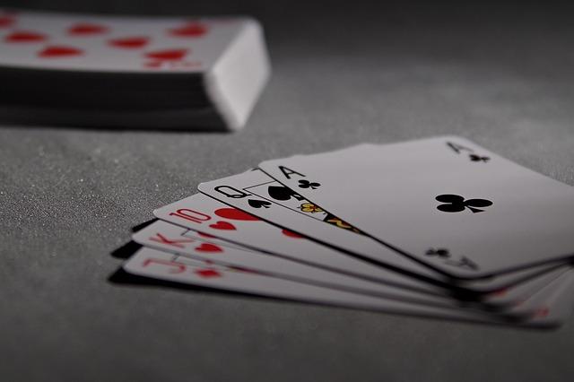 Pahami Rumus Bermain Poker Berikut ini